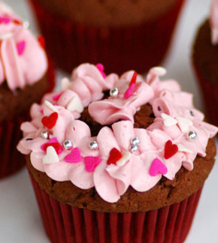 Red Velvet Cupcakes with Pink Blossom Icing